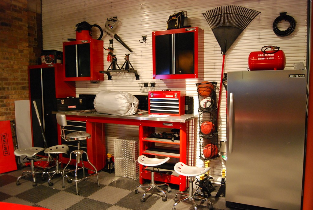 Different Types of Garage Shelving