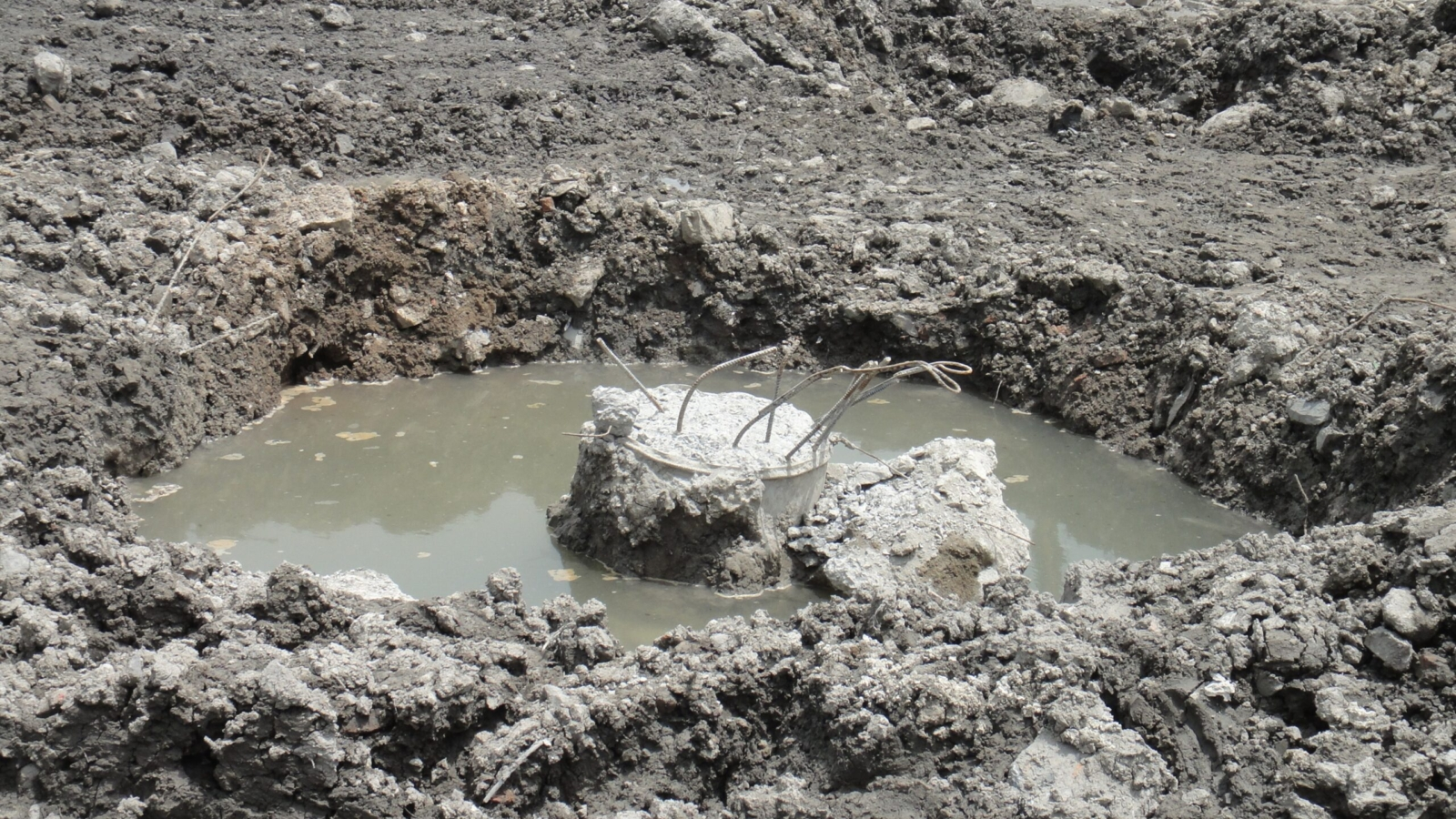 How to Deal with Hazardous Waste in the Soil2