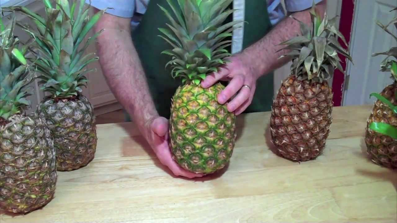 how to tell if a pineapple is bad