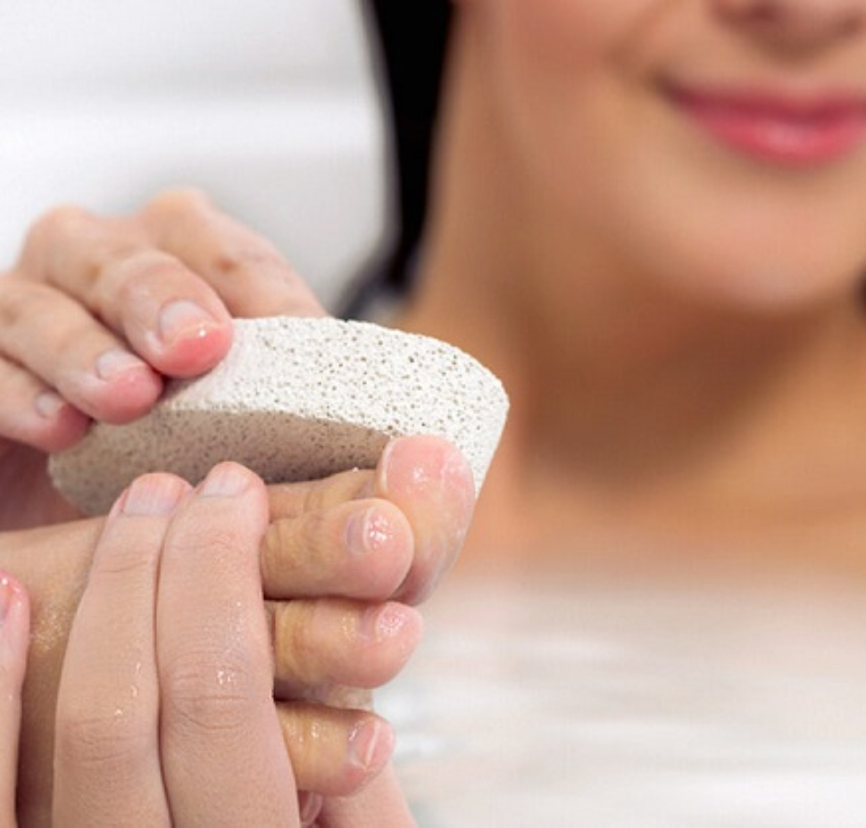 How to use a pumice stone