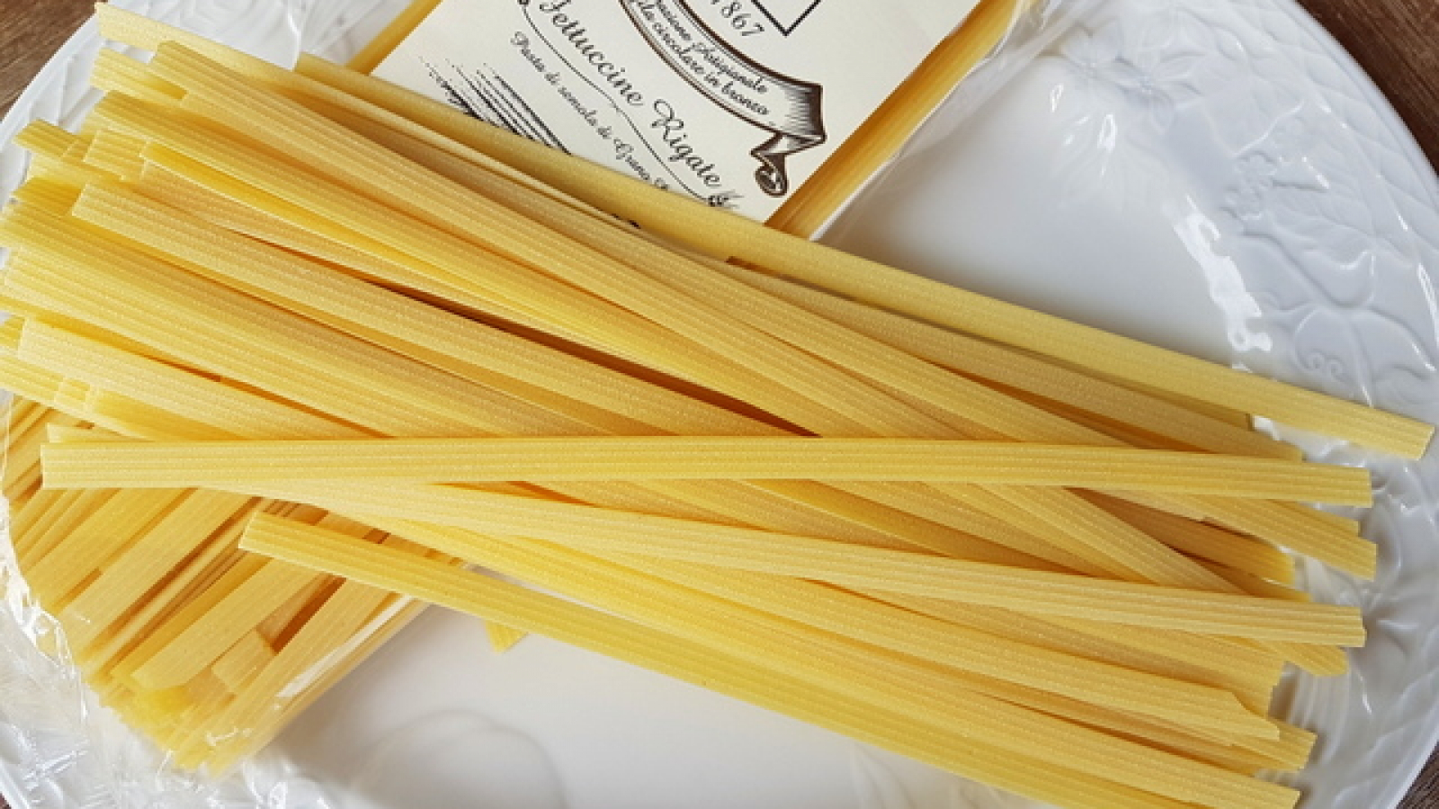 How to cook fettuccine pasta in the microwave
